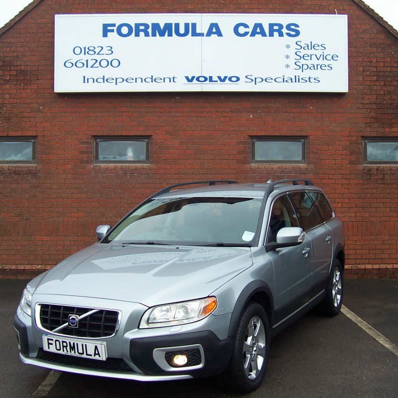 Used Volvo XC70 D5 185 SE LUX AWD DIESEL ESTATE In Somerset