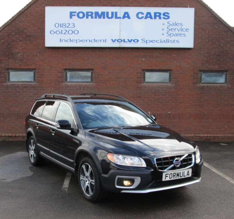 Used Volvo XC70 D5 215 SE LUX AWD DIESEL ESTATE In Somerset