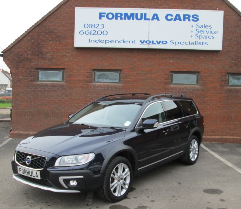 Used Volvo XC70 D5 220 SE LUX AWD DIESEL ESTATE In Somerset